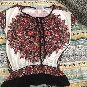 White/red tunic with flower design